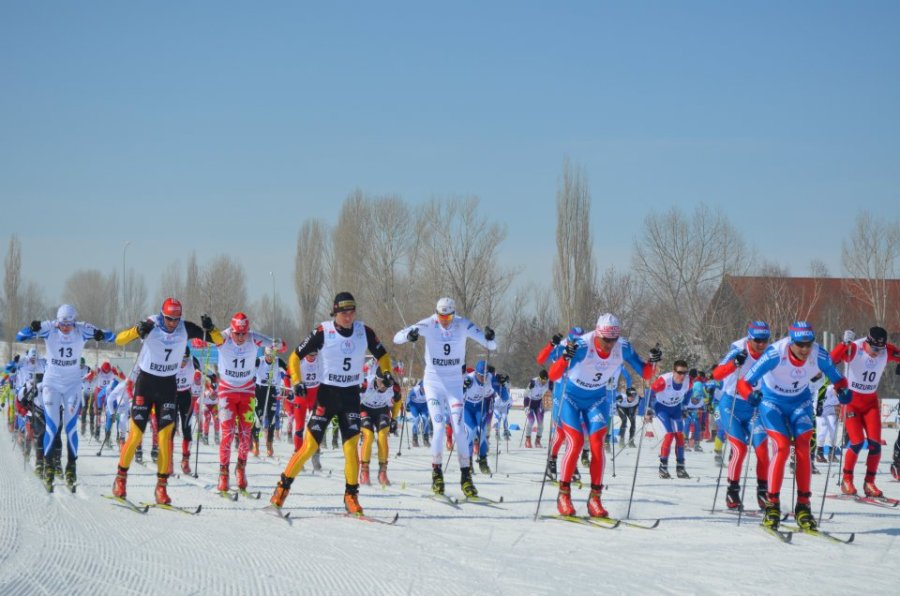 Start of the Skiathlon.